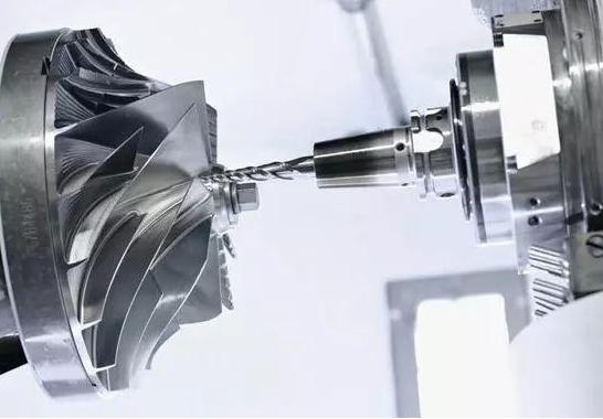 PCD刀具可以工钛合金吗?