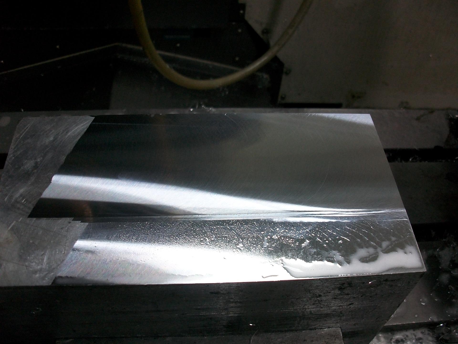 PCD铣刀铝材加工表面光滑