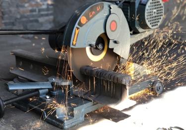 复杂外形CNC加工,磨具产品形状更贴合客户产品外形,节约修整时间。