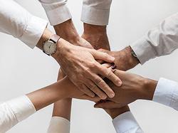 """祝賀""""愛隆公司營銷體系組織能力提升及價值銷售 理念倡導第001期會..."""
