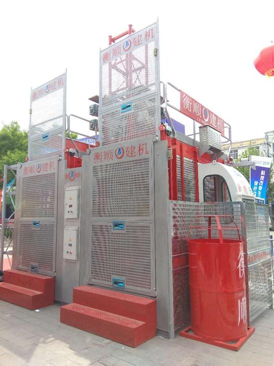 sc200/200建筑施工升降机