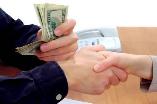2小时助力崔女士成功办理信用贷款12万,月息低至0.93%