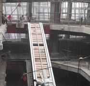 扶手電梯井道改造