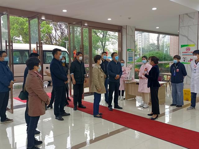 江苏省民政厅副厅长沙维伟带队参观调研薛家爱心护理院