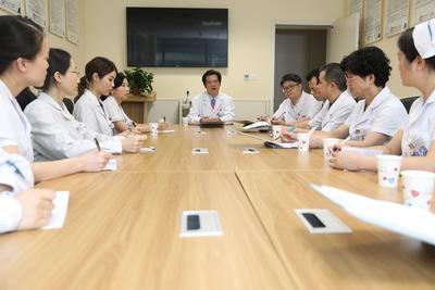 以高质量党建引领推动医院高质量发展