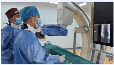 我院肿瘤科成功完成双流区首例肝动脉灌注化疗栓塞