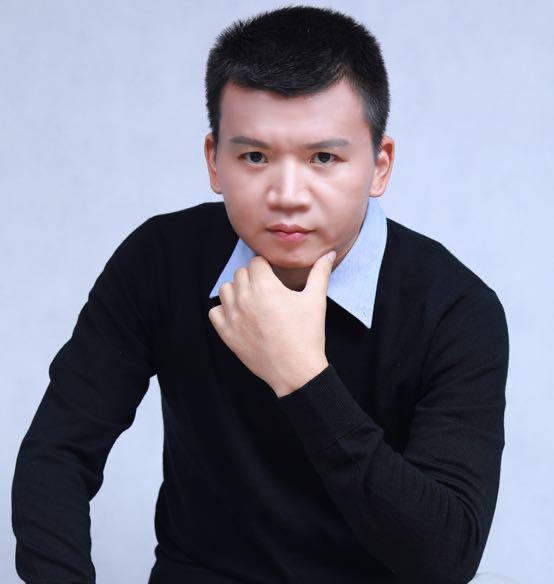 咨询师周涌泉