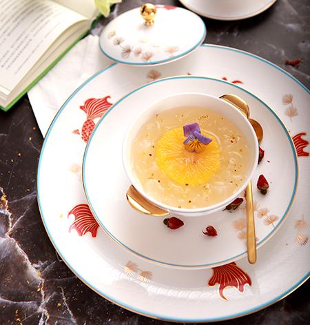 口感:燕丝柔滑 橙香氤氲 清甜不腻 特点:皇家珍馐美馔,蕴意尊贵美味。