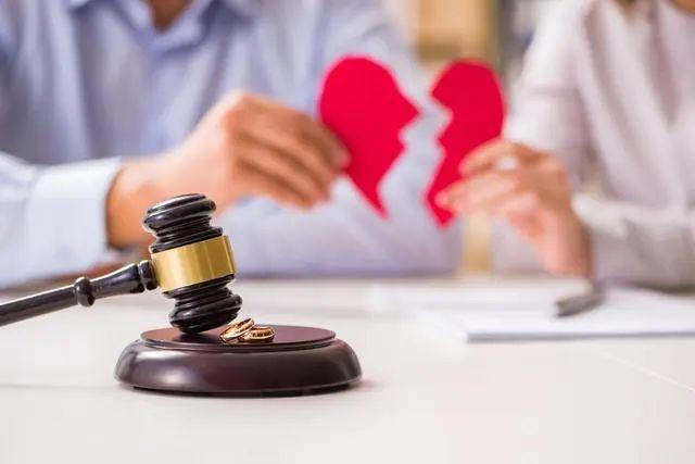 离婚3_20210331_142744877