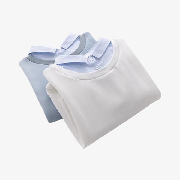 white loose sweater