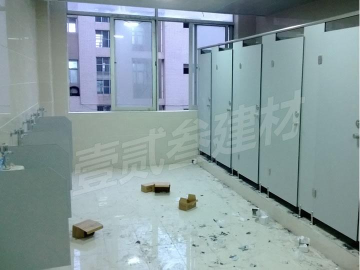 南宁卫生间隔断制作公司怎么选?