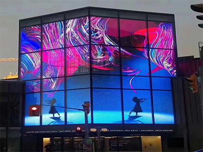 奢侈品牌服装透明LED显示屏高亮