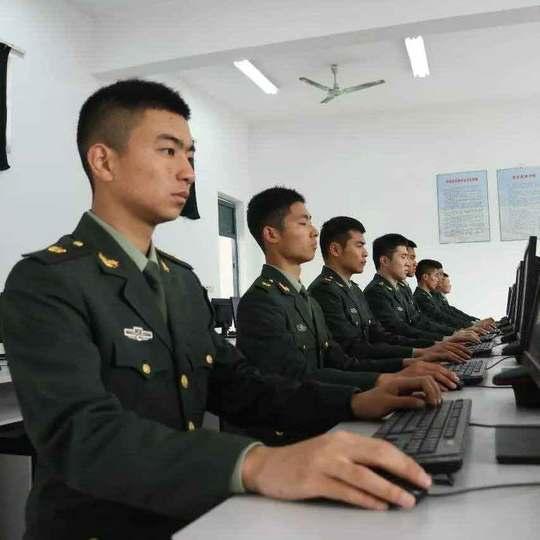 国防后备班