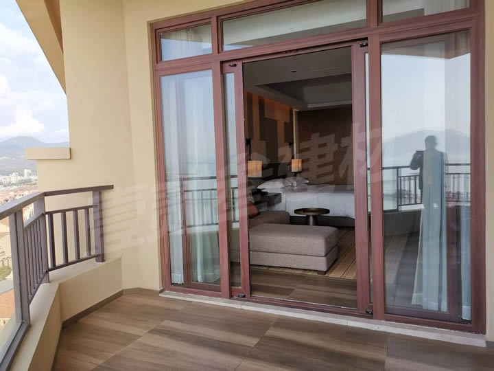 铝合金门 阳台推拉门 阳台玻璃门