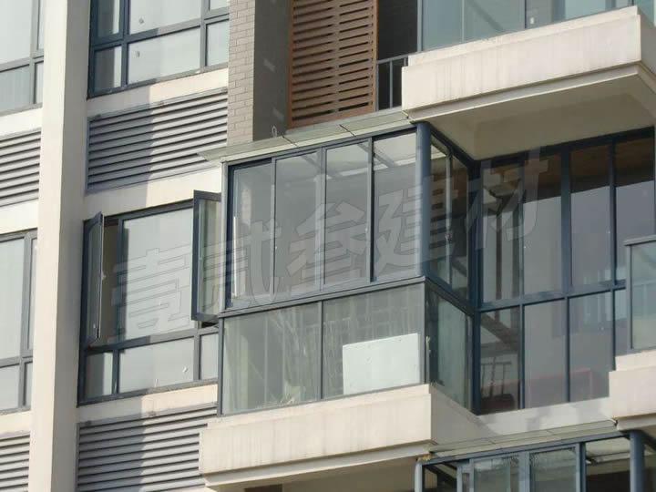 南宁门窗厂【铝合金门窗的保养技巧。】