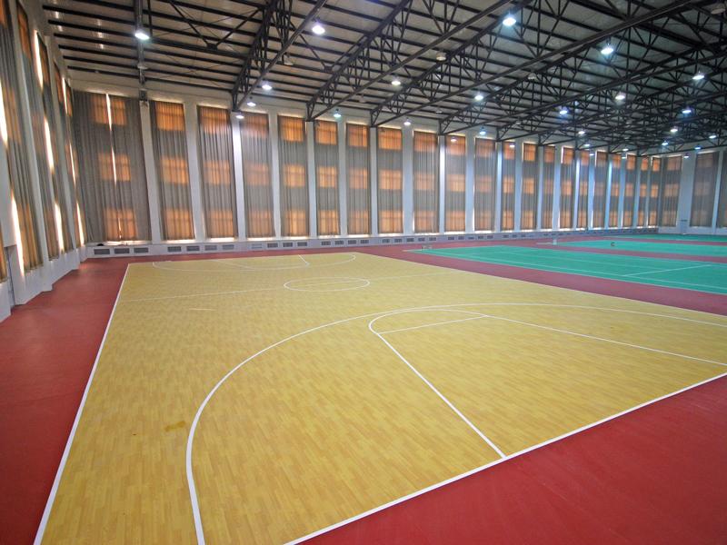 篮球场水胶地板
