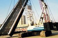天津4號線六緯路站地連墻施工