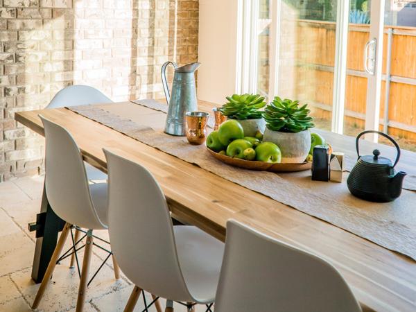 新玫瑰小区复古英式餐厅设计