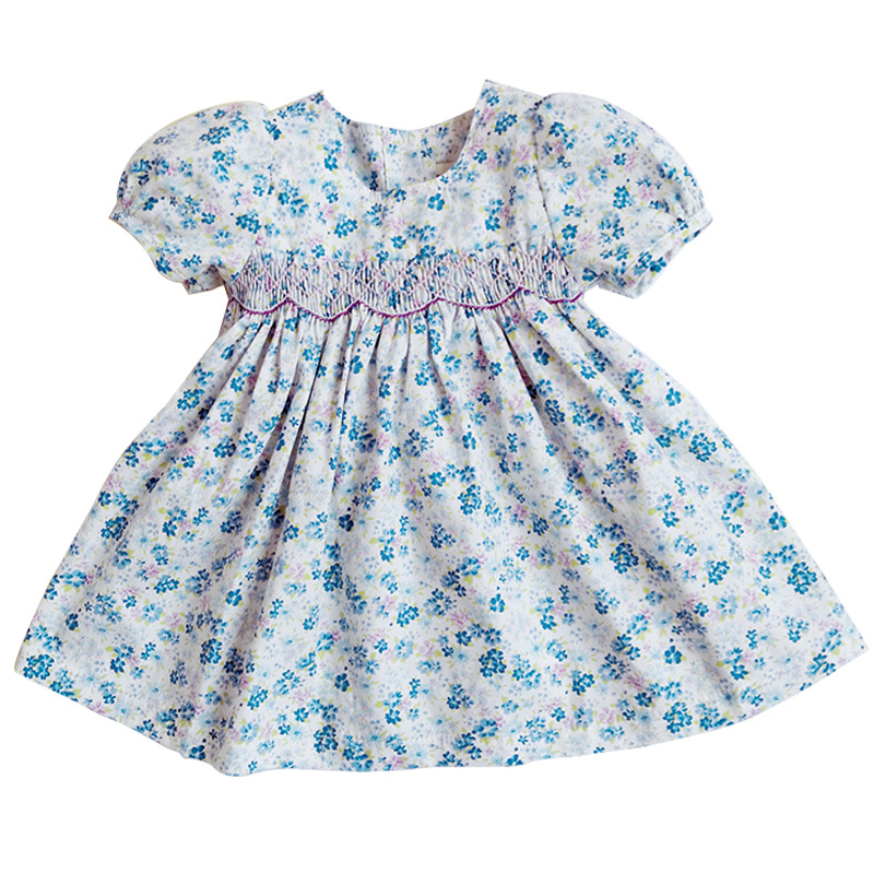 The series of blue and purple floral smocking dress
