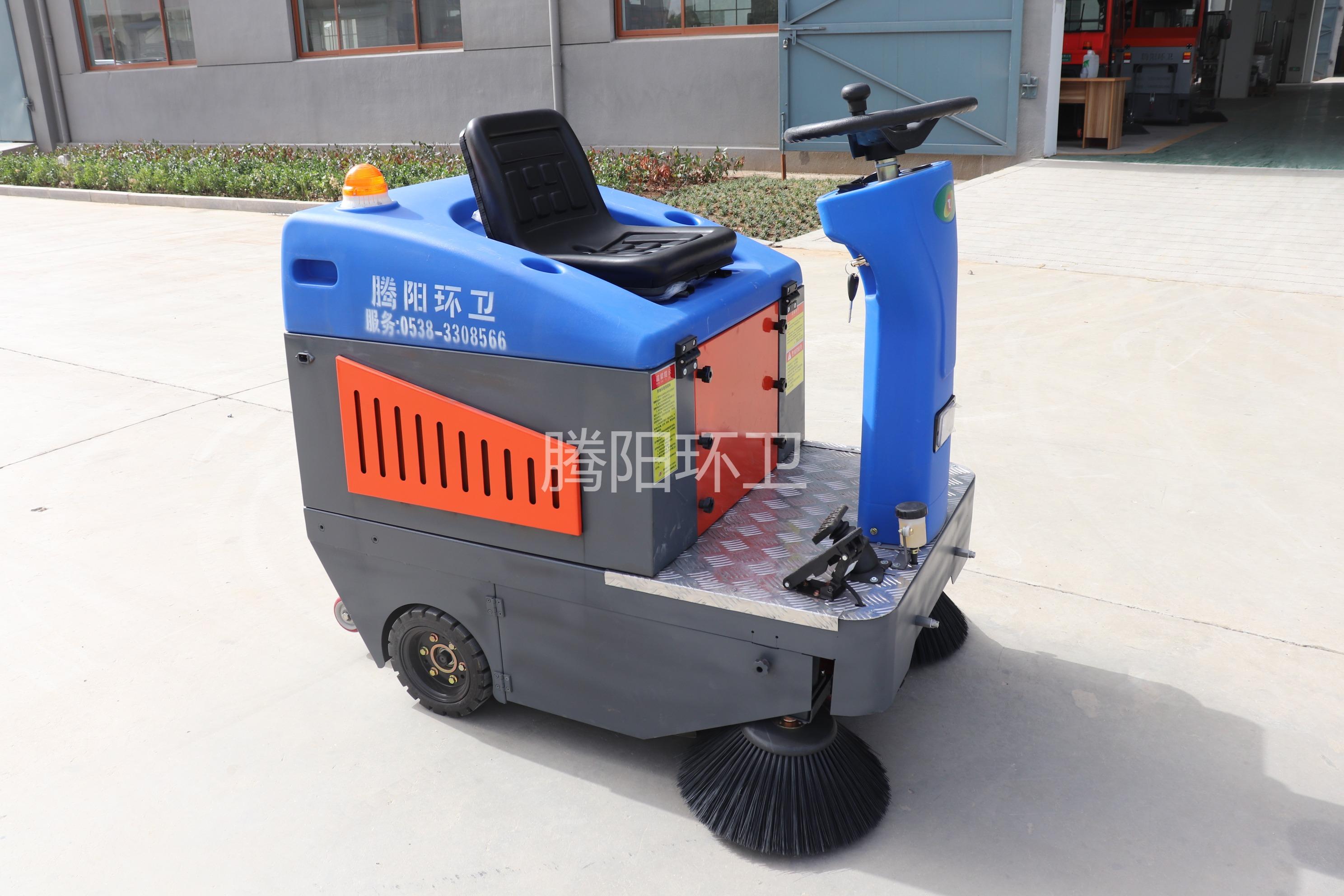 腾阳小型电动扫地车是如何工作的