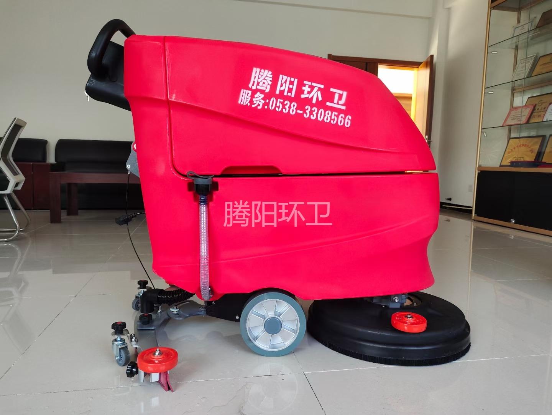 地下停车场使用腾阳驾驶式洗地机的优点