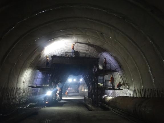 青岛地铁1号线工程