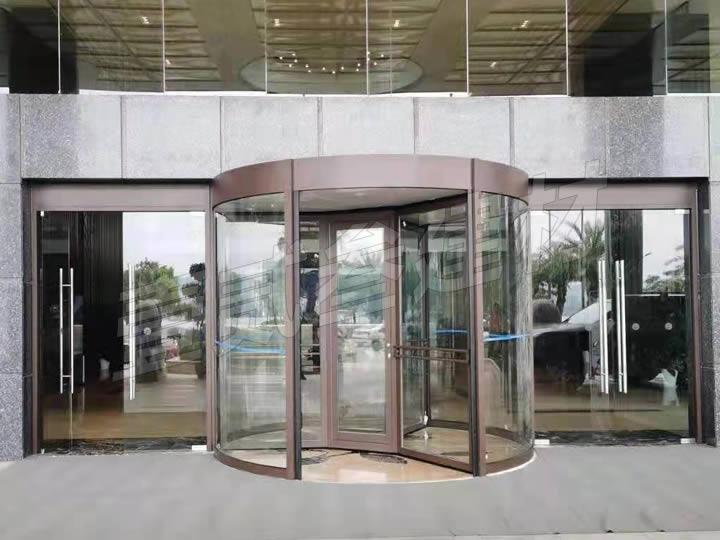 梧州保盈海悦酒店旋转门案例
