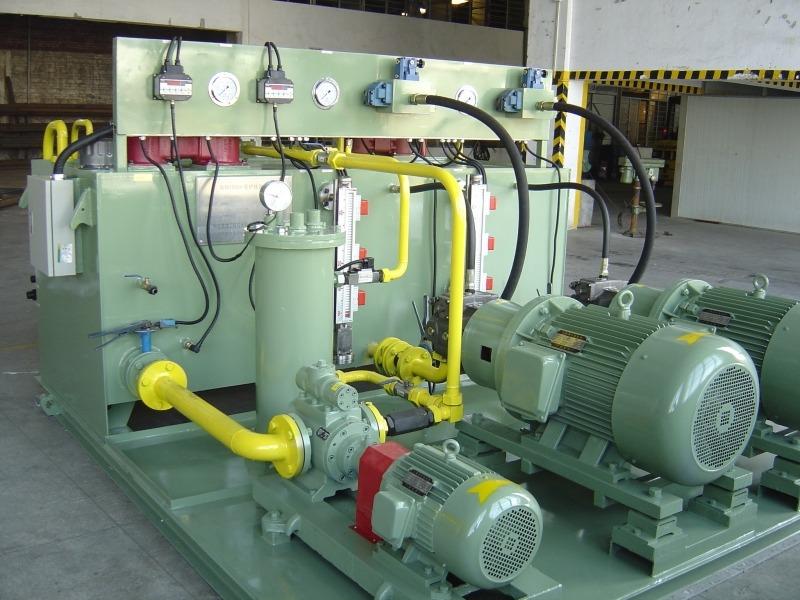 5100m3高炉炉顶液压系统