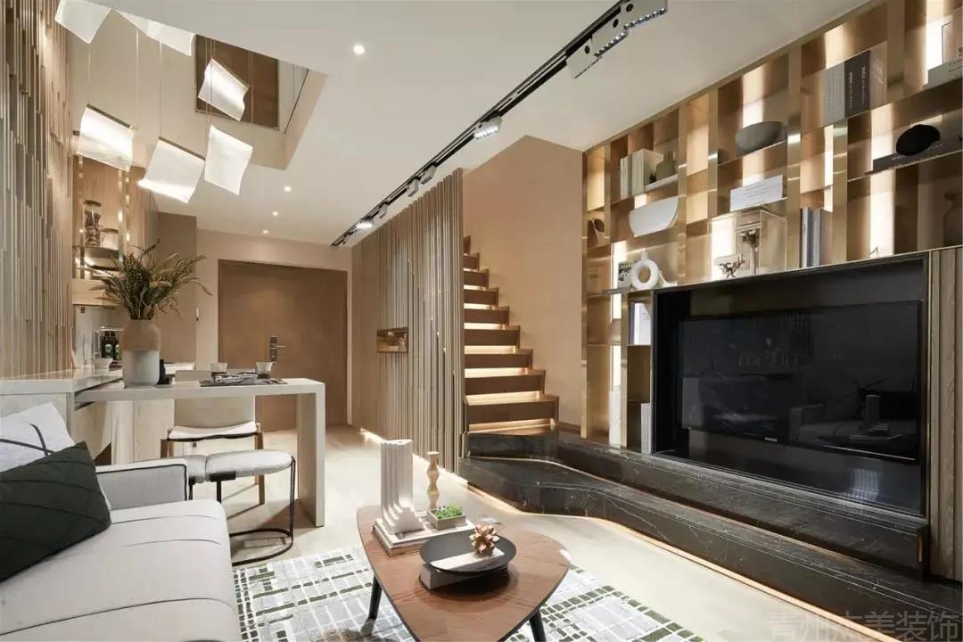 36㎡复式小公寓,巧妙的空间设计,让小空间也有着温情优雅的体验!