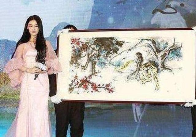 张馨予国画卖7万,杨颖随意涂鸦卖18万:明星为什么都喜欢画画?