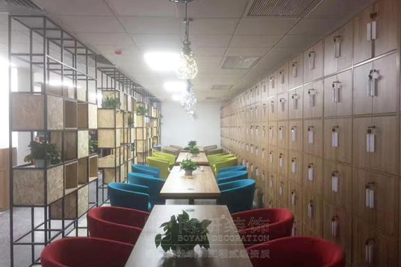 世联行办公室家具完工效果