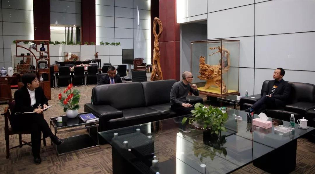 深圳市产业园区发展促进会会长郭宏伟一行莅临中亚参观