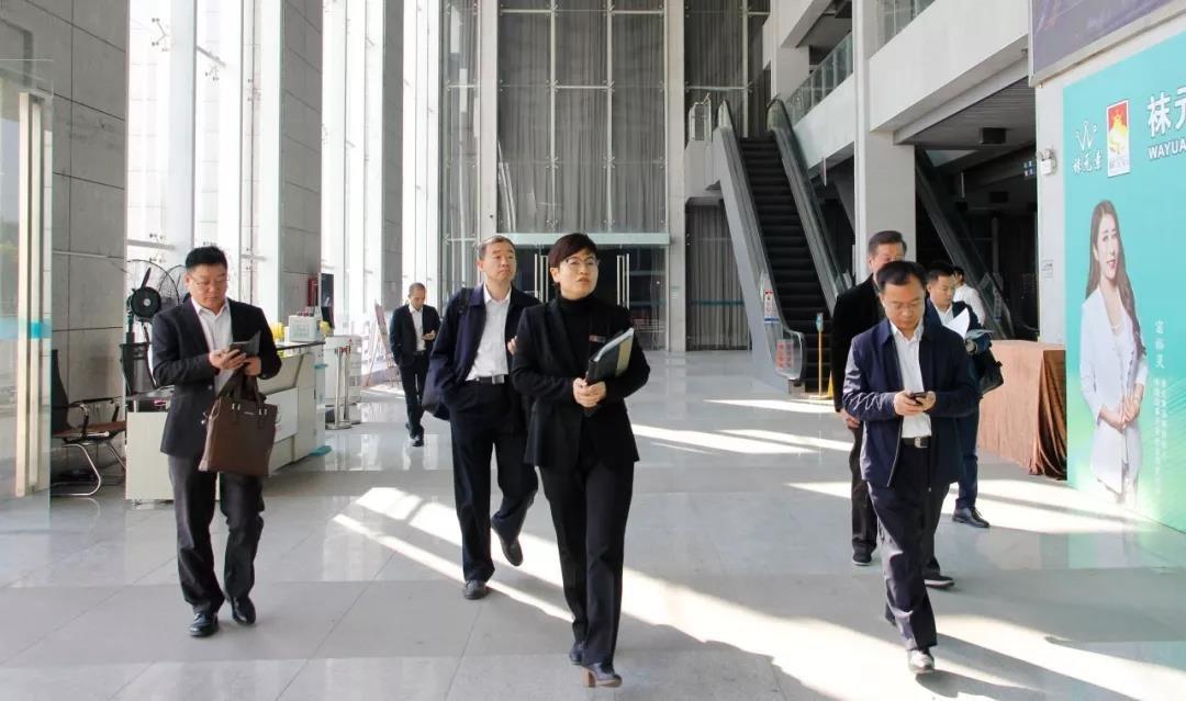 山东省昌乐县领导一行莅临中亚参观考察