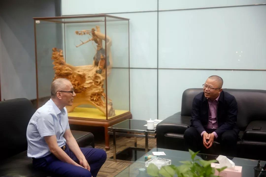 福建惠安城南工业园领导一行莅临中亚参观