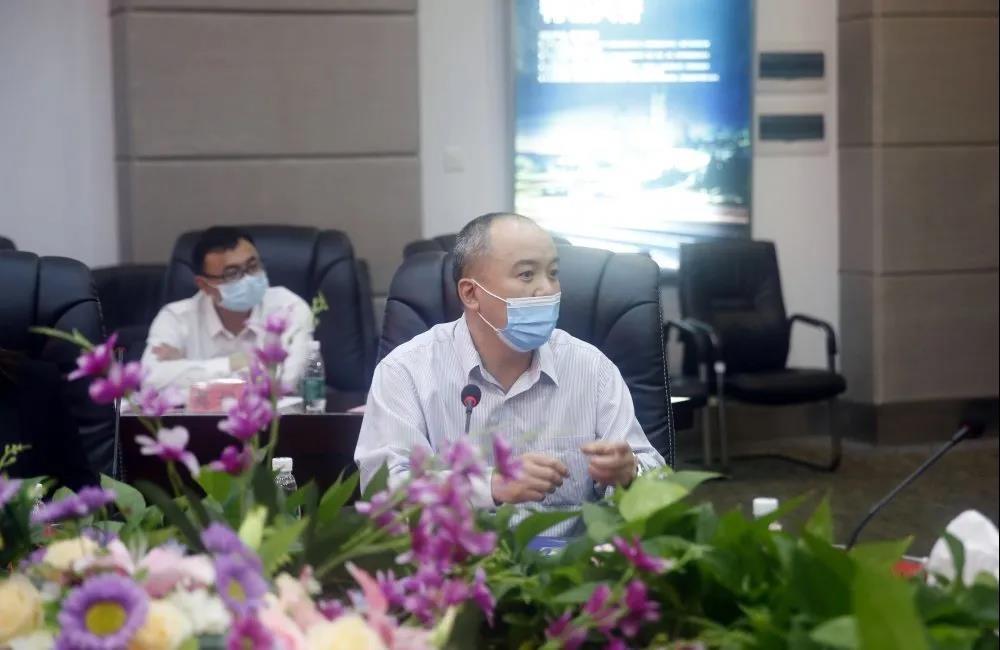 广东省广宁县领导一行莅临中亚参观指导