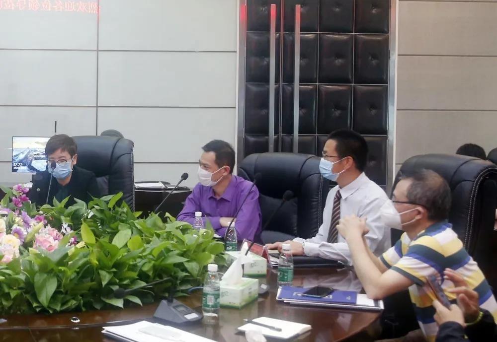 贵州省投促局领导一行莅临中亚参观考察