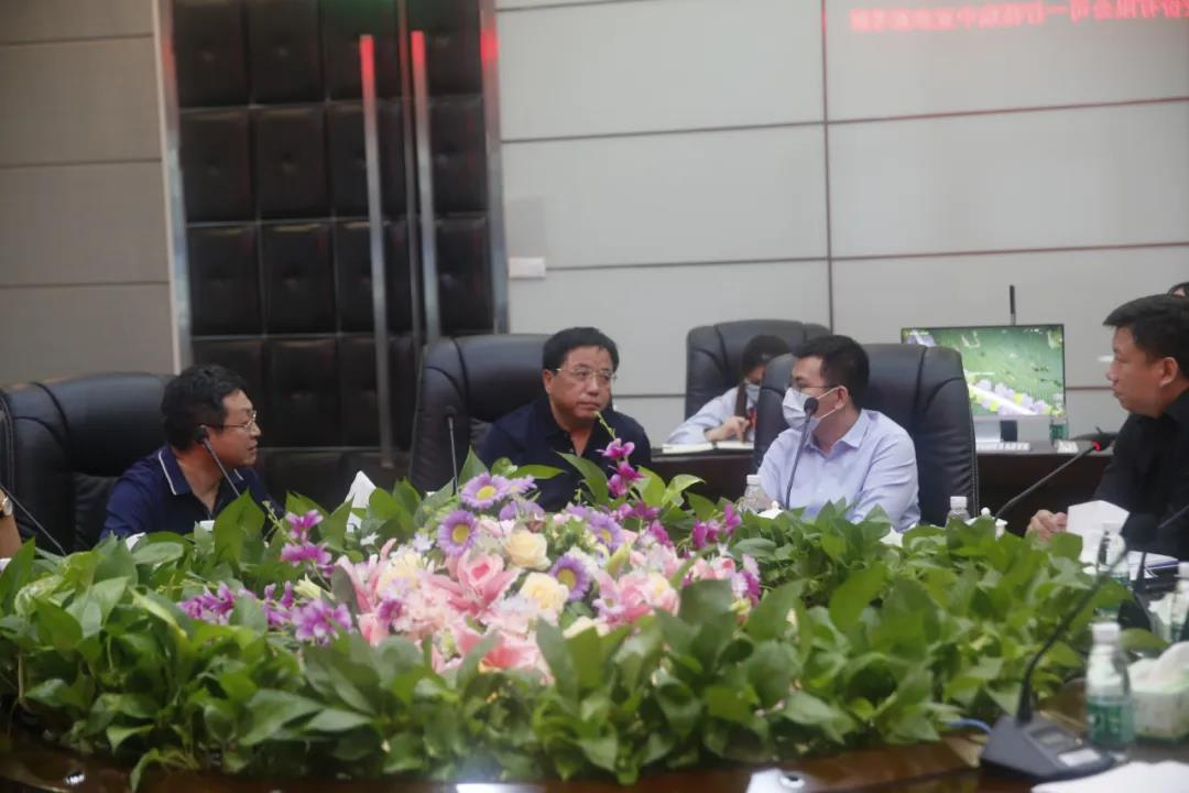 山東開泰石化股份有限公司董事長趙世香一行來訪中亞參觀考察