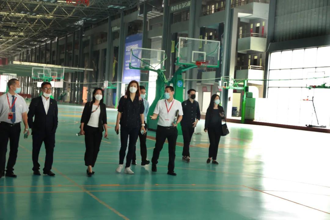 博羅那展覽公司領導來訪中亞參觀考察