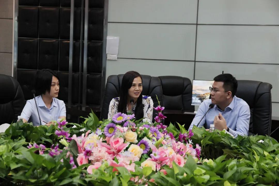中亞集團與瞻望世紀航空集團共同打造通航產業基地