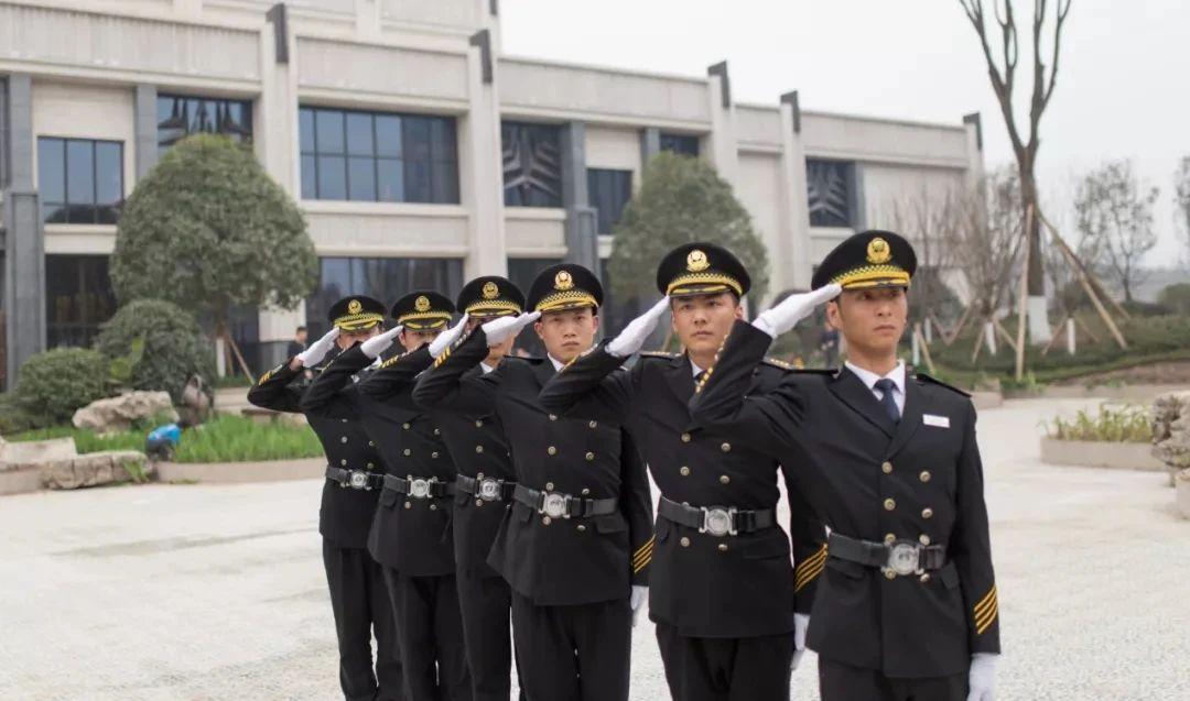 中亚集团:成就客户发展,助力产业升级
