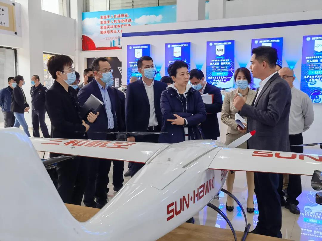 中国机械工业联合会领导莅临中亚硅谷产业基地参观考察...!