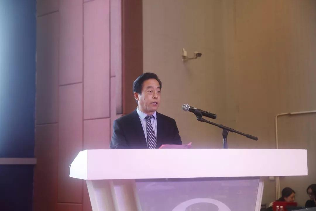 中共舞阳县委副书记、县长张书民发表致辞