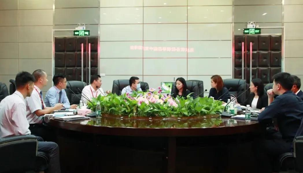 博罗那展览公司领导来访中亚参观考察
