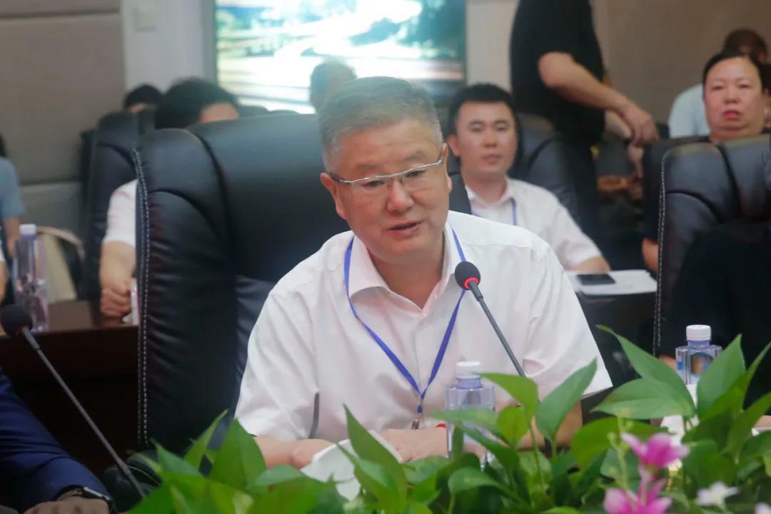 中国亚洲经济发展协会经贸合作委员会执行会长邵世明发表讲话