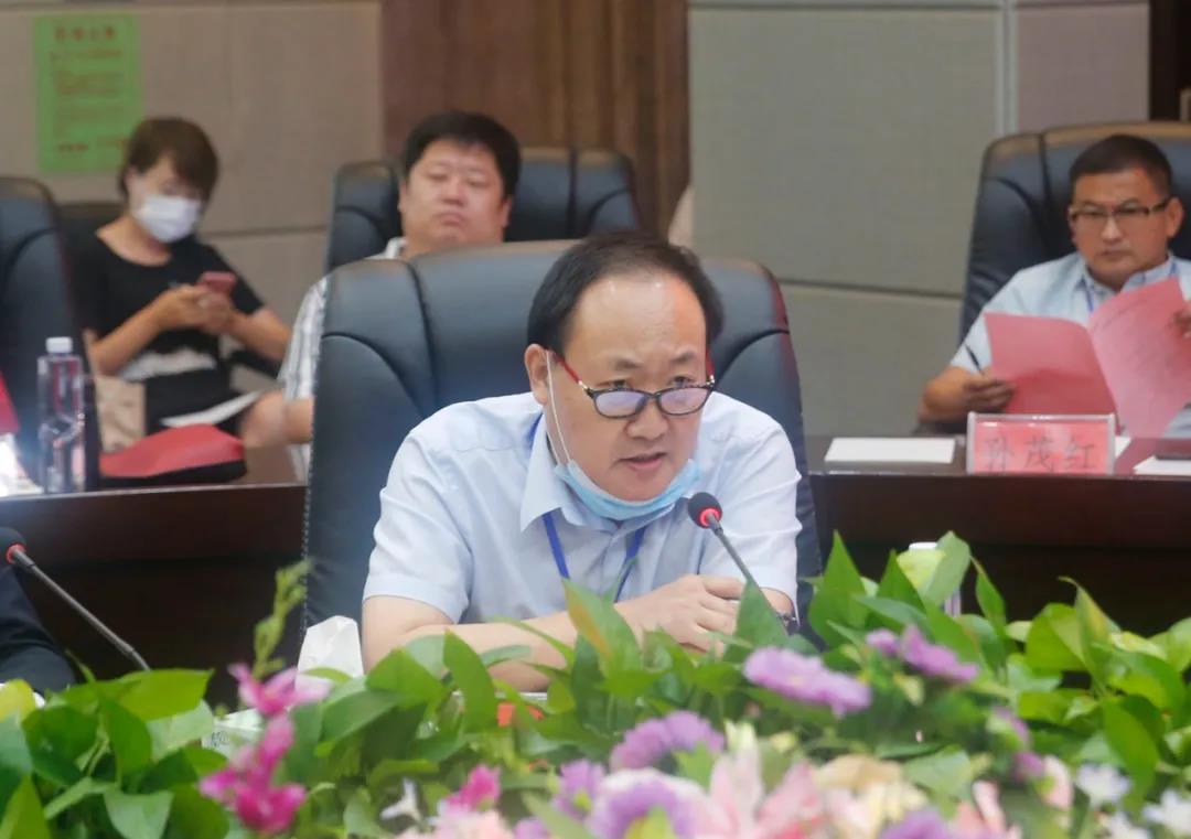 荆楚党建网总编刘武旺博士发表讲话