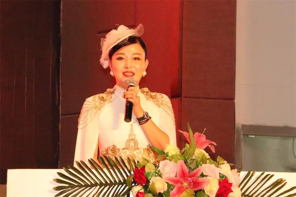 中华(国际)小姐大赛组委会副主席张琳梓致辞