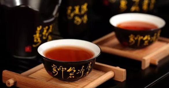 小孩喝红茶是否有益于健康?